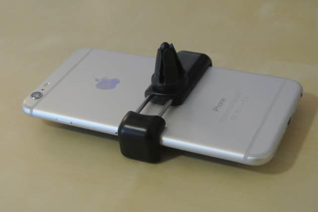 4446f09b434 El diseño de este soporte es bastante simple y efectivo para el iPhone 6,  el Kenu Airframe+ es una de las mejores opciones. Otra es Tetrax que pegas  un ...