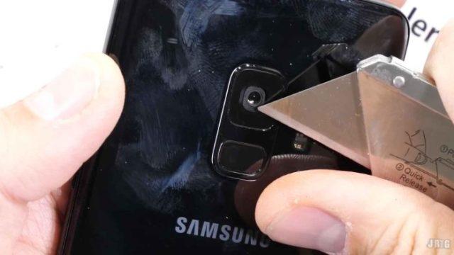 JerryRigEverything prueba la dureza del Samsung Galaxy S9