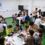 De pequeños inventores a futuros ingenieros. La Escuela Técnica Superior de Ingeniería y Diseño Industrial (ETSIDI) de la Universidad Politécnica de Madrid utiliza NintendoLabocomo parte de su estrategia para hacer frente a la crisis vocacional de carreras STEAM