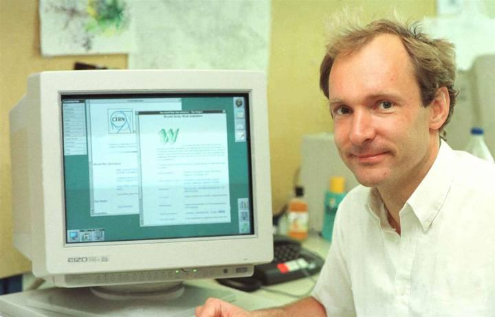 Aniversario de Internet. Google lo celebra con su doodle y Tim Berners deja un mensaje
