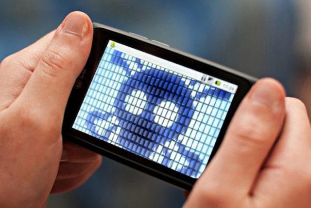 4 motivos que convierten al teléfono móvil en el principal objetivo de los cibercriminales