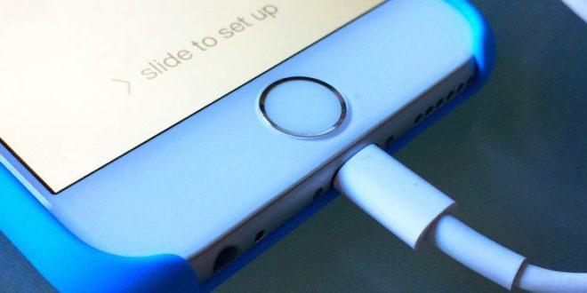 Una nueva vulnerabilidad en iPhone permite a los hackers acceder al teléfono a través del cable USB