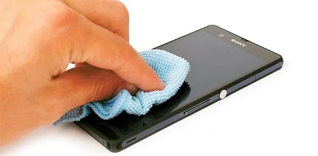 Coronavirus ¿Cómo limpiar tu móvil?