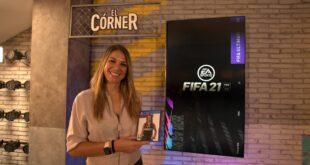 La periodista deportiva Nira Juanco junto con Manolo Lama,Paco Gonzalezy Antonio Ruiz comentaristas de FIFA 21